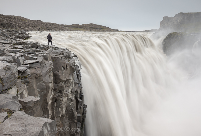 The Edge of Dettifoss